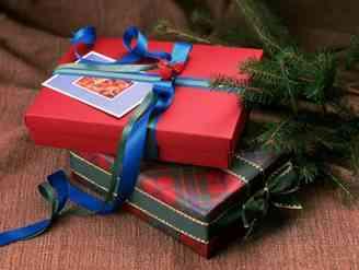 プレゼントを積み重ねる