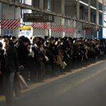 満員電車はピンチ?インフルエンザを避ける通勤電車の立ち位置