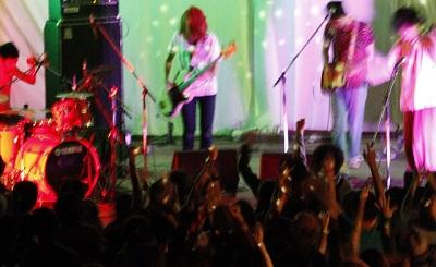 ライブで盛り上がる曲
